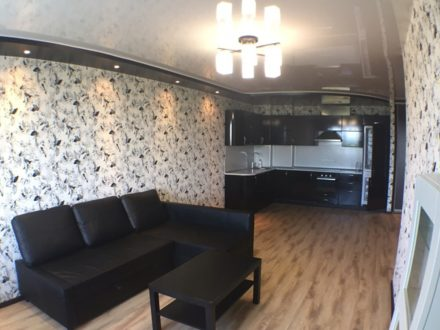 Продам двухкомнатную квартиру на 10-м этаже 14-этажного дома площадью 48 кв. м. в Томске