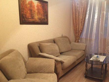 Продам двухкомнатную квартиру на 3-м этаже 5-этажного дома площадью 48 кв. м. в Сыктывкаре