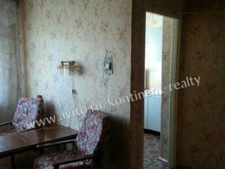 Продам двухкомнатную квартиру на 3-м этаже 5-этажного дома площадью 46 кв. м. в Владимире
