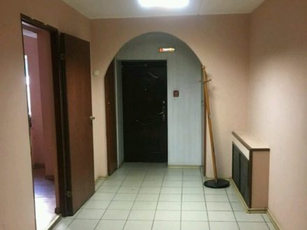 Сдам офис площадью 200 кв. м. в Мурманске