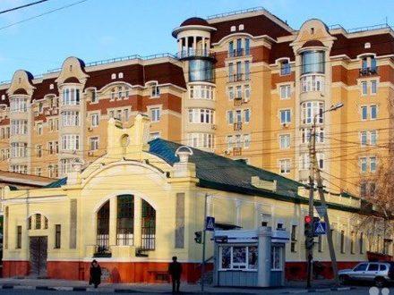 Продам трехкомнатную квартиру на 3-м этаже 8-этажного дома площадью 84 кв. м. в Тамбове