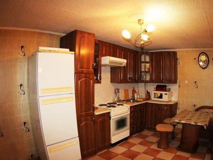 Продам трехкомнатную квартиру на 5-м этаже 10-этажного дома площадью 86 кв. м. в Чите