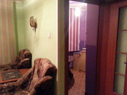Сдам посуточно однокомнатную квартиру на 1-м этаже 5-этажного дома площадью 35 кв. м. в Иваново