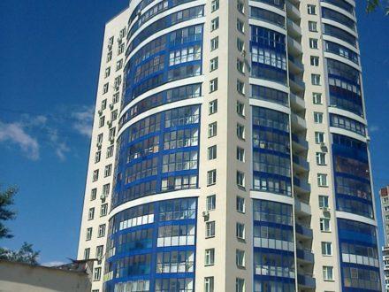 Продам четырехкомнатную квартиру на 17-м этаже 17-этажного дома площадью 110 кв. м. в Екатеринбурге
