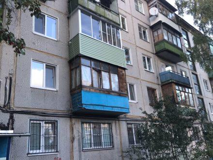 Продам двухкомнатную квартиру на 2-м этаже 5-этажного дома площадью 45 кв. м. в Туле