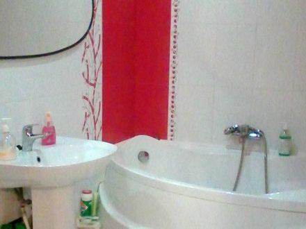 Сдам посуточно однокомнатную квартиру на 10-м этаже 10-этажного дома площадью 40 кв. м. в Ульяновске