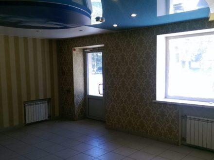 Сдам торговое помещение площадью 60 кв. м. в Омске