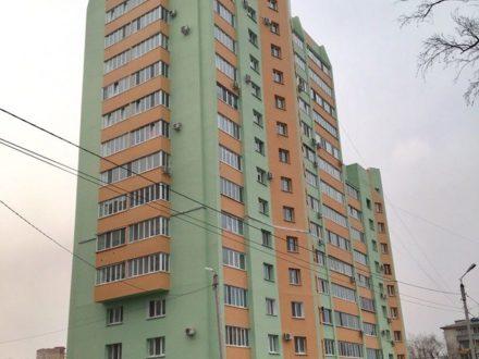 Продам двухкомнатную квартиру на 4-м этаже 14-этажного дома площадью 78 кв. м. в Благовещенске