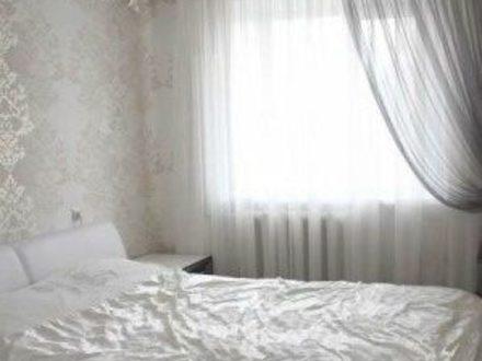 Сдам посуточно двухкомнатную квартиру на 3-м этаже 5-этажного дома площадью 82 кв. м. в Рязани