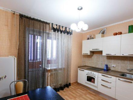 Сдам посуточно однокомнатную квартиру на 3-м этаже 10-этажного дома площадью 42 кв. м. в Липецке