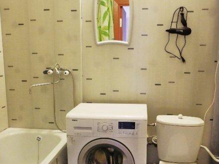 Сдам посуточно однокомнатную квартиру на 14-м этаже 17-этажного дома площадью 60 кв. м. в Иваново