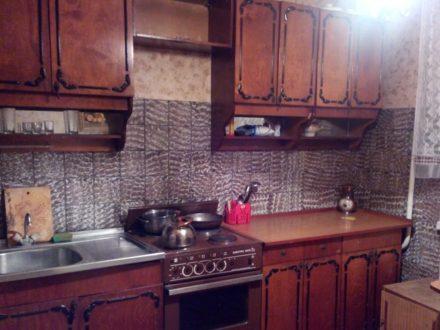 Сдам посуточно двухкомнатную квартиру на 7-м этаже 12-этажного дома площадью 64 кв. м. в Ульяновске