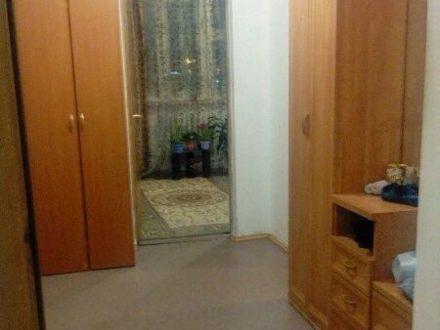 Продам двухкомнатную квартиру на 5-м этаже 5-этажного дома площадью 61 кв. м. в Салехарде