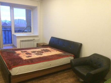 Сдам посуточно однокомнатную квартиру на 7-м этаже 7-этажного дома площадью 56 кв. м. в Салехарде