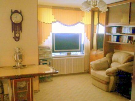 Продам трехкомнатную квартиру на 3-м этаже 14-этажного дома площадью 74 кв. м. в Екатеринбурге