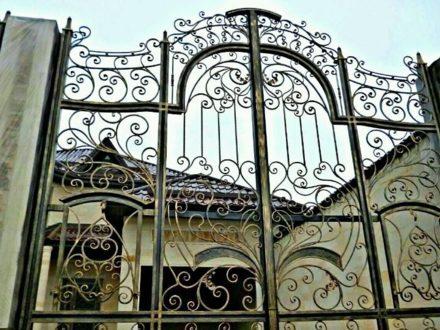 Продам дом площадью 230 кв. м. в Нальчике
