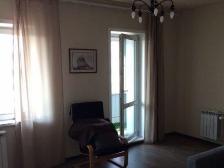 Продам двухкомнатную квартиру на 18-м этаже 25-этажного дома площадью 69 кв. м. в Новосибирске