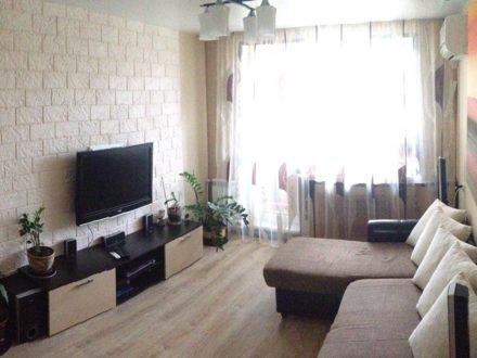 Сдам посуточно однокомнатную квартиру на 5-м этаже 5-этажного дома площадью 34 кв. м. в Чебоксарах
