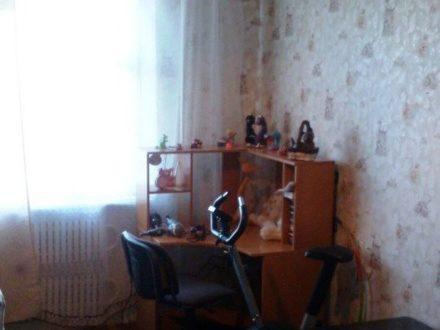 Продам трехкомнатную квартиру на 7-м этаже 10-этажного дома площадью 72,4 кв. м. в Ставрополе