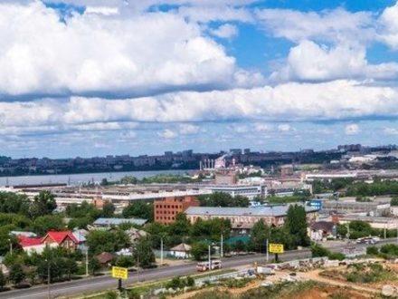 Сдам посуточно однокомнатную квартиру на 12-м этаже 17-этажного дома площадью 29 кв. м. в Ижевске
