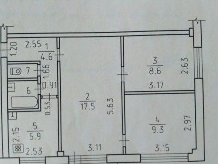 Продам трехкомнатную квартиру на 4-м этаже 5-этажного дома площадью 50 кв. м. в Ижевске