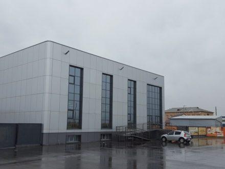 Сдам торговое помещение площадью 425 кв. м. в Кызыле