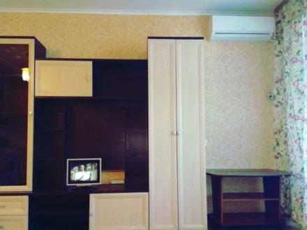 Сдам посуточно студию на 3-м этаже 10-этажного дома площадью 30 кв. м. в Благовещенске