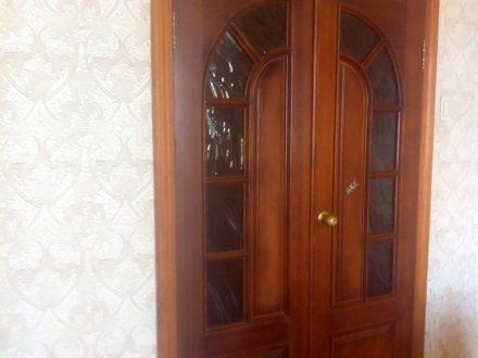 Продам четырехкомнатную квартиру на 8-м этаже 9-этажного дома площадью 77 кв. м. в Кургане
