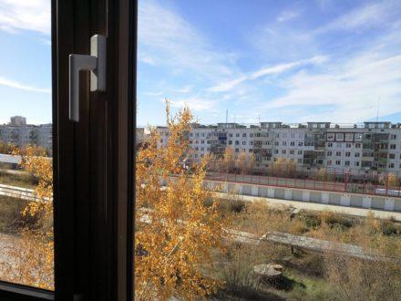 Продам трехкомнатную квартиру на 4-м этаже 4-этажного дома площадью 62,4 кв. м. в Якутске