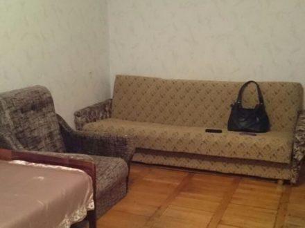Сдам на длительный срок однокомнатную квартиру на 5-м этаже 5-этажного дома площадью 30 кв. м. в Черкесске