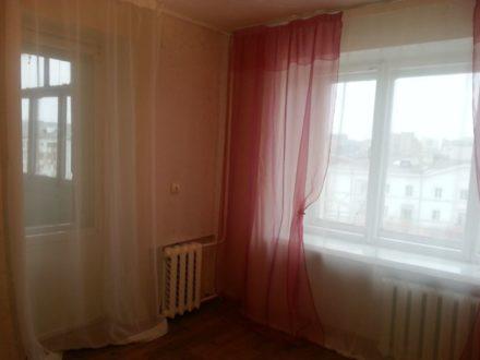 Сдам на длительный срок однокомнатную квартиру на 6-м этаже 9-этажного дома площадью 34 кв. м. в Перми