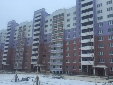 Продам однокомнатную квартиру на 3-м этаже 10-этажного дома площадью 46,2 кв. м. в Владимире