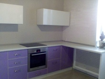 Продам трехкомнатную квартиру на 5-м этаже 17-этажного дома площадью 78 кв. м. в Воронеже