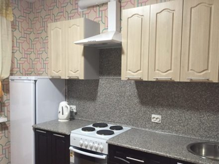 Сдам на длительный срок однокомнатную квартиру на 4-м этаже 5-этажного дома площадью 34 кв. м. в Сыктывкаре