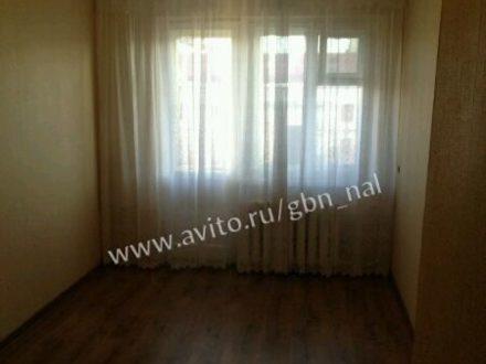 Продам трехкомнатную квартиру на 2-м этаже 5-этажного дома площадью 63 кв. м. в Нальчике