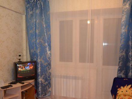 Сдам посуточно однокомнатную квартиру на 3-м этаже 9-этажного дома площадью 35 кв. м. в Улан-Удэ