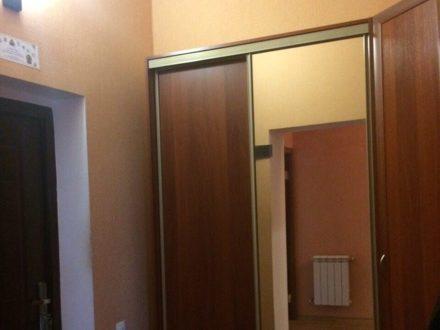 Продам трехкомнатную квартиру на 3-м этаже 3-этажного дома площадью 138,6 кв. м. в Элисте