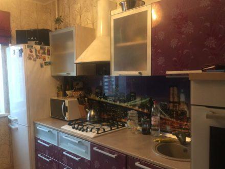 Продам четырехкомнатную квартиру на 5-м этаже 10-этажного дома площадью 87 кв. м. в Перми