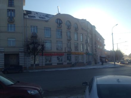 Сдам торговое помещение площадью 125 кв. м. в Рязани