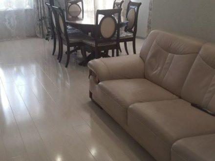 Продам четырехкомнатную квартиру на 2-м этаже 5-этажного дома площадью 107 кв. м. в Биробиджане
