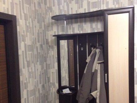 Сдам на длительный срок однокомнатную квартиру на 6-м этаже 17-этажного дома площадью 43 кв. м. в Калуге