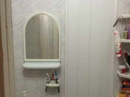 Продам однокомнатную квартиру на 2-м этаже 5-этажного дома площадью 24 кв. м. в Владикавказе