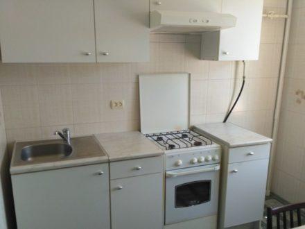 Сдам на длительный срок двухкомнатную квартиру на 3-м этаже 10-этажного дома площадью 54 кв. м. в Ростове-на-Дону