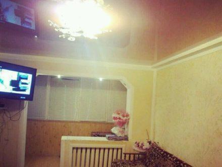 Продам трехкомнатную квартиру на 5-м этаже 5-этажного дома площадью 73 кв. м. в Черкесске