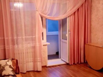 Продам трехкомнатную квартиру на 1-м этаже 5-этажного дома площадью 67 кв. м. в Петропавловск-Камчатском