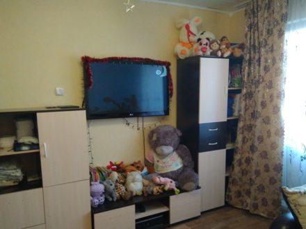Продам двухкомнатную квартиру на 4-м этаже 5-этажного дома площадью 36 кв. м. в Томске