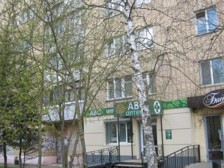 Продам двухкомнатную квартиру на 7-м этаже 10-этажного дома площадью 48 кв. м. в Смоленске