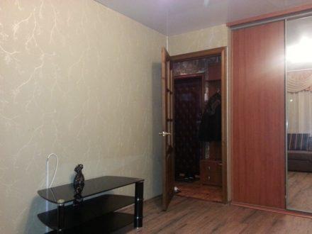 Продам однокомнатную квартиру на 2-м этаже 9-этажного дома площадью 30 кв. м. в Мурманске