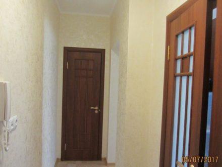 Продам однокомнатную квартиру на 1-м этаже 5-этажного дома площадью 35,4 кв. м. в Ханты-Мансийске