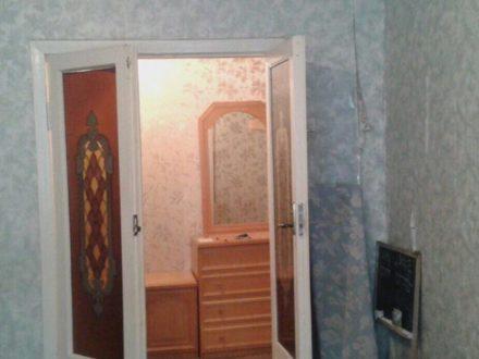 Продам двухкомнатную квартиру на 1-м этаже 5-этажного дома площадью 47,6 кв. м. в Черкесске
